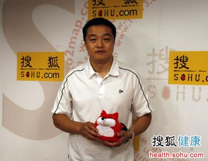 嘉宾:北京体育大学运动训练专业乒乓球博士,教师 于洋   搜狐健康