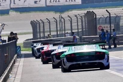 排位赛开始,R8 LMS赛车驶上赛道