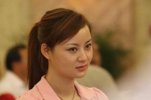 吴一迪:本山传媒总裁助理、《乡村爱情》陈艳楠扮演者