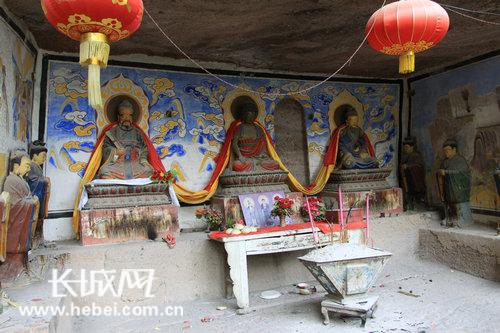 朝阳观中的三教殿 刘飞