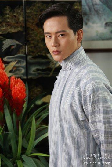 青年演员黄明,蒋梦捷,王子文等主演的民国传奇大戏《刺青海娘》正在