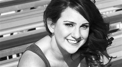 在7月20日枪击案中遇难的杰西卡・加维。