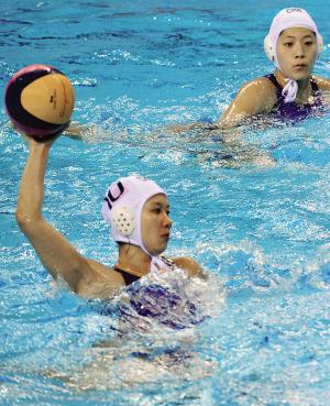 在伦敦奥运中国代表团的396人大名单上,代表广西出征的共有7名运动员,其中马欢欢、王毅和王莹3人来自广西水球队,几乎占据了半壁江山。
