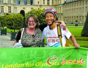 6旬老人骑车去伦敦追奥运