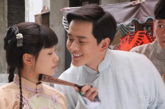 青年演员黄明,王子文,蒋梦捷等主演的民国传奇大戏《刺青海娘》正在