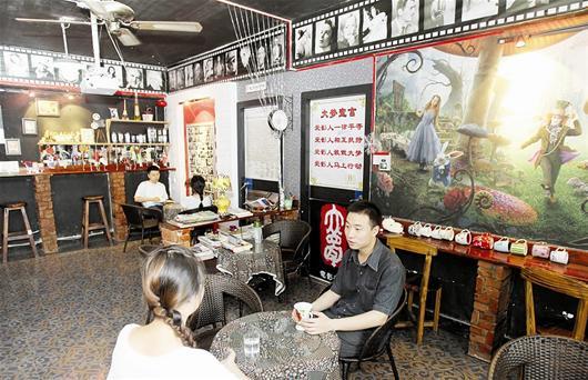 钢琴画室手绘墙
