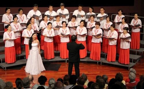 匈牙利华人合唱团在美比赛获银奖