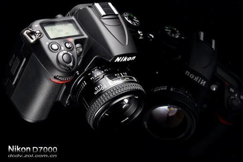 尼康 D7000 外观图