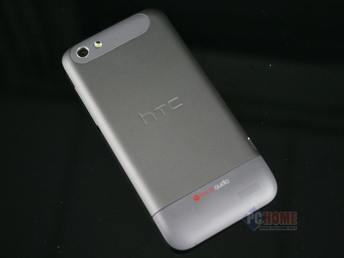 HTC One V背面图