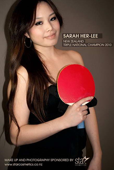 图文:中国美女为新西兰打乒乓