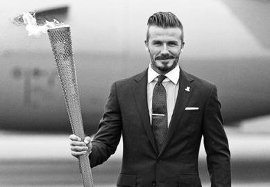 7月25日,有媒体透露伦敦奥运会开幕当天,贝克汉姆将是火炬进入体育场进行最后传递阶段的火炬手之一,但他不是点燃开幕式奥运圣火的人。