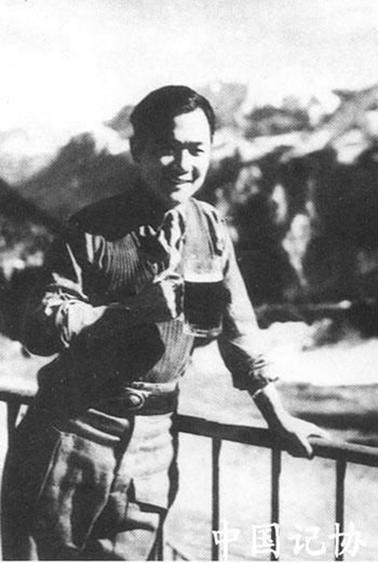 战地记者萧乾