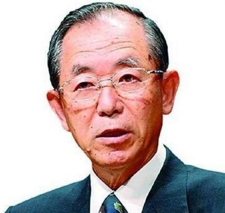 """资料图:孙崎享,男,日本外务省国际情报局前局长,现任日本防卫大学教授。1943年出生在中国辽宁省鞍山市。在其任外交官期间,他作为日本外务省的""""伊朗专家""""声名显赫。其后,曾任日本驻伊朗大使,日本外务省国际情报局的前局长,退休后当了日本防卫大学的教授。其夫人孙崎纪子女士也是一位著名的伊朗史学专家。"""