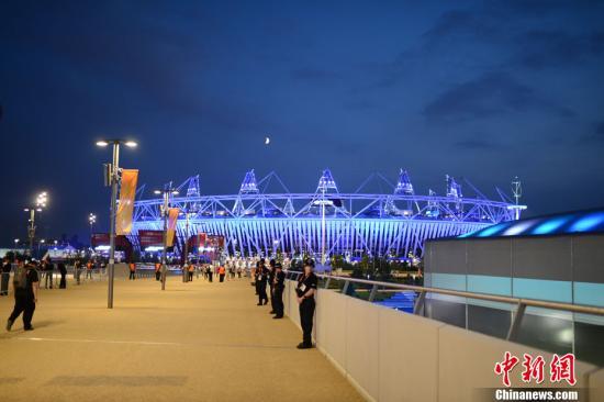 """央视播出奥运特别节目 白岩松讲述""""特别的伦敦"""""""