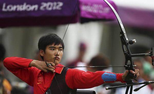 图文:中国代表团伦敦奥运首参战 刘招武