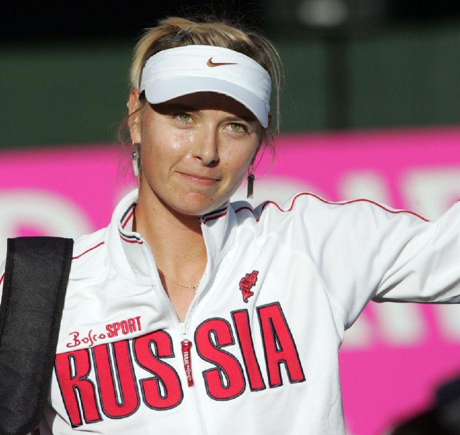 伦敦奥运会俄罗斯代表团首位女旗手莎拉波娃