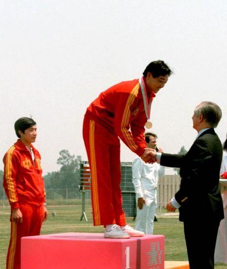 1984年 许海峰 金牌
