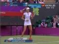 奥运视频-李娜强力发球 汉图楚娃吊角回击得分