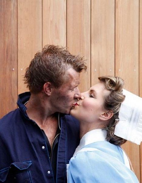 因奥运开幕式彩排成情侣的演员。