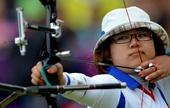 图文:射箭日本女团获得铜牌 日本选手比赛中