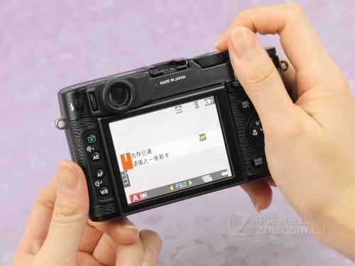 富士 X10黑色 屏幕图