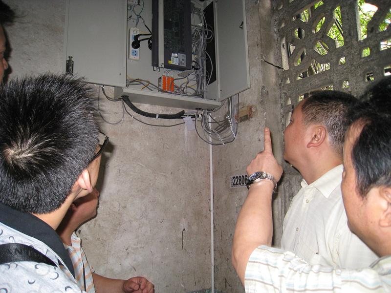 丁总首先对onu综合设备的布线及用户割接情况