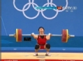 奥运视频-历史绝无仅有 男子举重弱组选手摘金