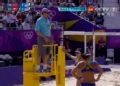 奥运视频-张希漂亮扣杀无奈被判违例 女子沙排