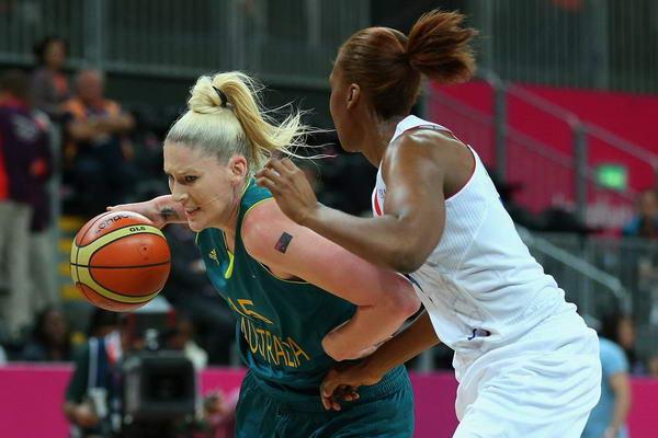 奥运图:澳大利亚女篮惜败法国 杰克逊强打