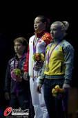 奥运图:女举中国李雪英夺金 高高在上