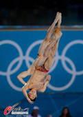 奥运图:男子10米双人跳台 完全同步