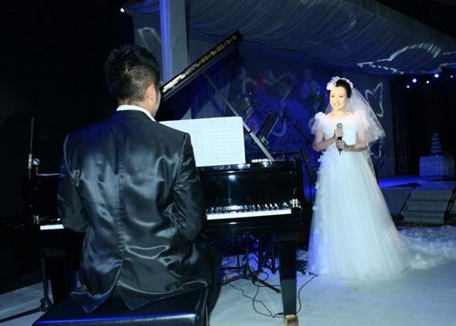 潘阳,石磊婚礼现场(资料图片)