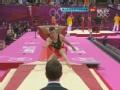奥运视频-博伊跳马抱膝翻腾 落地不稳险坐屁墩