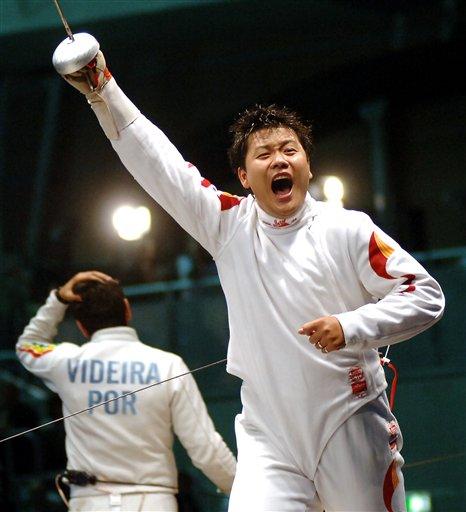 2006年世锦赛 王磊男子重剑夺冠