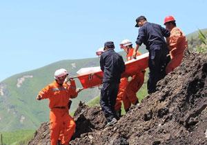 新疆新源县泥石流已致7人遇难 搜救仍在进行