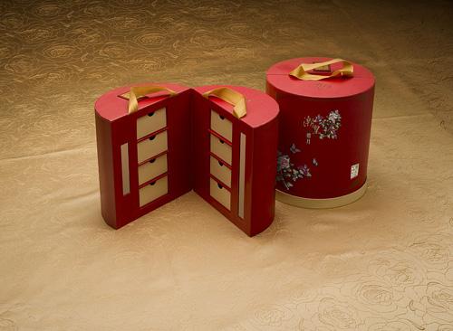 """""""步步高升""""(8 个装)内赠灯笼,金灯华丽,如日步步高升。"""