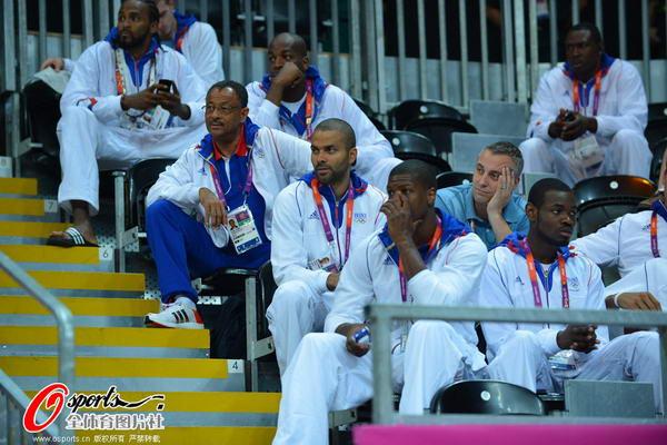 奥运图:法女篮提前出线 帕克领衔男篮助威女篮