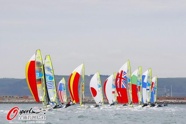 奥运图:帆船帆板赛海涛逐浪 帆船比赛现场