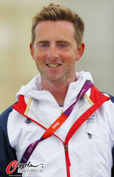 奥运图:帆船帆板赛海涛逐浪 英国选手