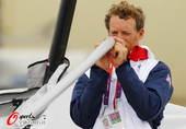奥运图:帆船帆板赛海涛逐浪 英国选手比赛中