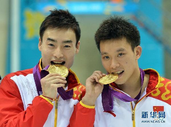 胡佳:秦凯赛前状态并不好 这枚金牌来之不容易
