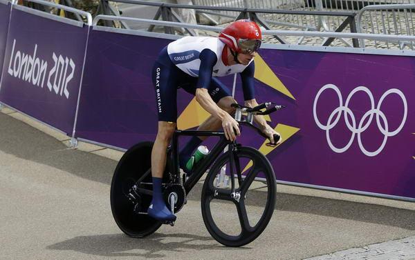 奥运图:维金斯自行车计时赛夺金 维金斯出发