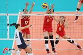 奥运图:女排小组赛中美对决 网上拦截