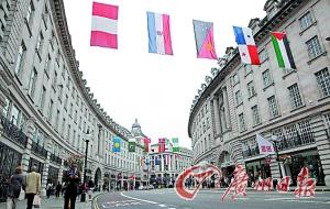 伦敦本应繁华的商业街现在门庭冷落。