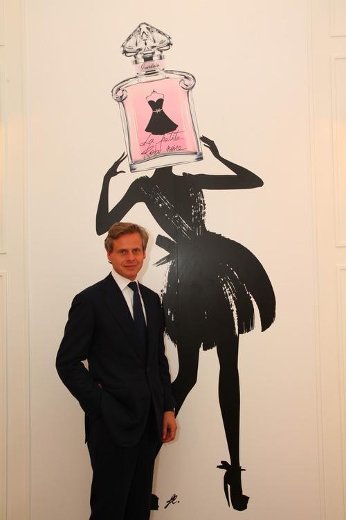 法国娇兰全球CEO Laurent Boillot先生莅临小黑裙淡香水发布会现场,与嘉宾及媒体一同分享喜悦之情