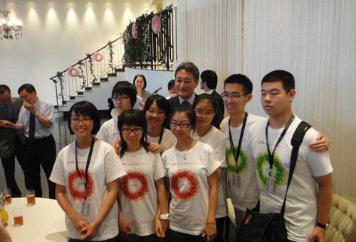 与索尼全球CEO与平井一夫先生合影
