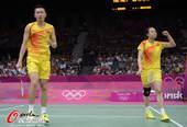 奥运图:羽球中国两组混双将会师 庆祝