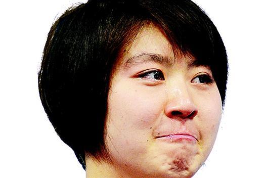 湖北日报讯 图为:焦刘洋在颁奖仪式上。新华社发