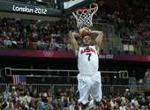 奥运图:美国男篮战尼日利亚 威少扣篮