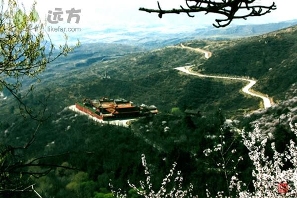 方山/方山寺摄影:寿阳旅游局